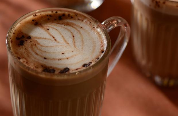 Koffie met pindakaas