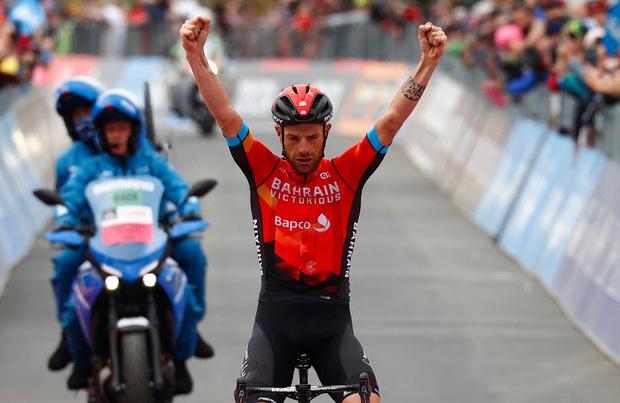 Damiano Caruso gagne à l'Alpe Motta