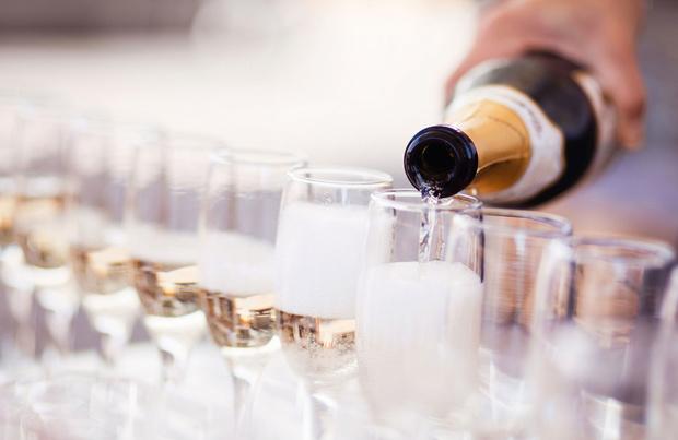 Champagne et contrefaçon: une traque intraitable à travers le monde