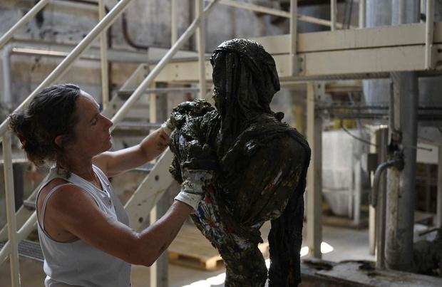 Art et hygiène: des sculptures en savon de Marseille