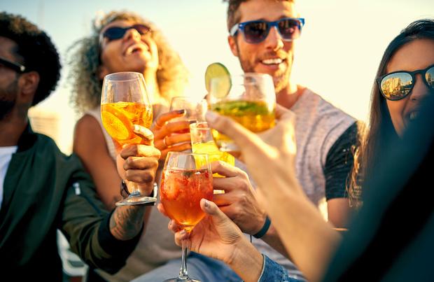 Quel est le cocktail le plus populaire au monde ? (+ recettes)