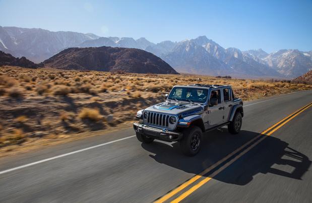 De l'électricité aussi pour le Jeep Wrangler
