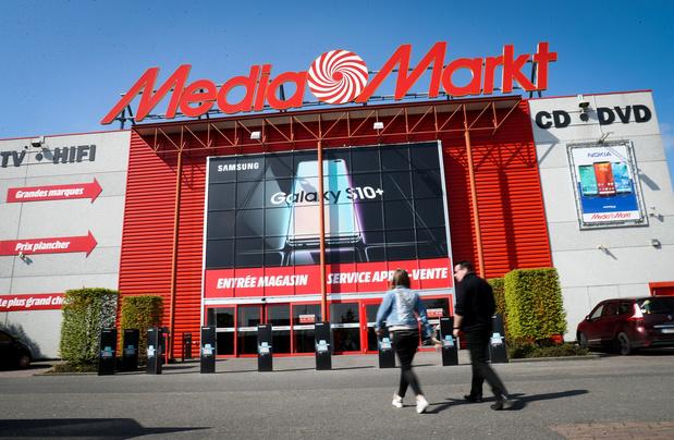 MediaMarkt sluit drie winkels