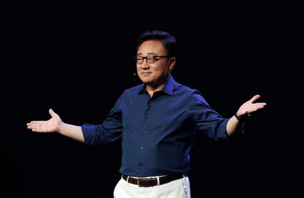 Topman Samsung slaat mea culpa: 'Galaxy Fold was nog niet klaar'