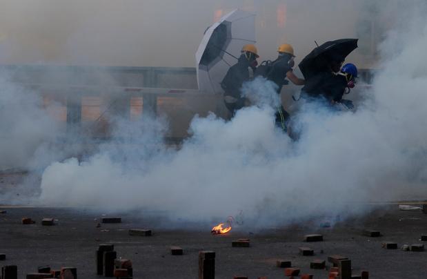 Hong Kong: la loi interdisant le port du masque jugée anticonstitutionnelle