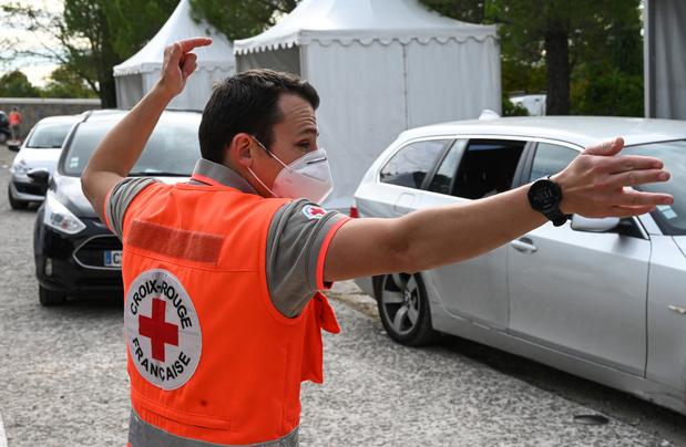 En France, l'état d'urgence sanitaire sera rétabli à partir du 17 octobre