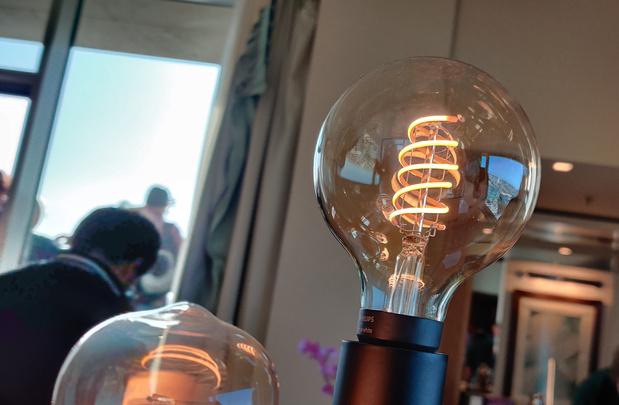 Signify étoffe sa gamme de lampes intelligentes