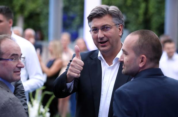 Verkiezingen Kroatië: Conservatief premier Plenkovic eist overwinning op