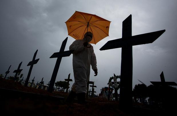 Covid: le Brésil dépasse le seuil des 250.000 morts