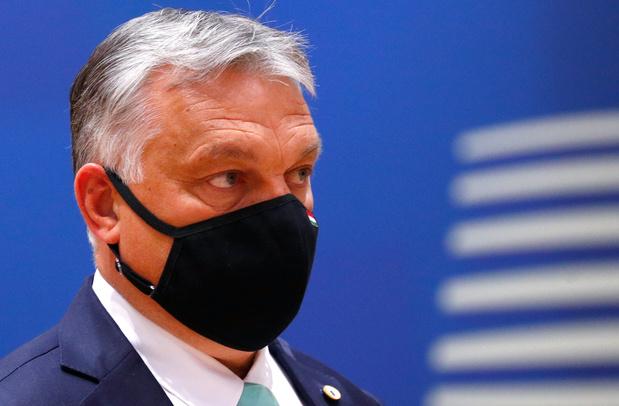 """Sommet européen: Orban accuse les Pays-Bas de vouloir """"punir"""" la Hongrie"""