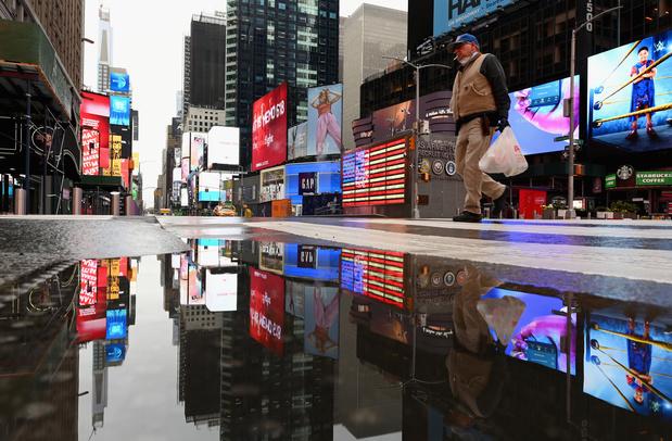 Le coronavirus a fait tripler le nombre de morts à New York, +18% aux Etats-Unis