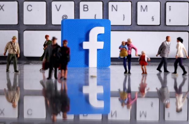 Une possible exclusion des annonces politiques sur Facebook critiquée