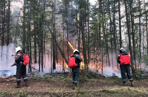 Bosbranden in Rusland vernielden gebied zo groot als helft van Duitsland