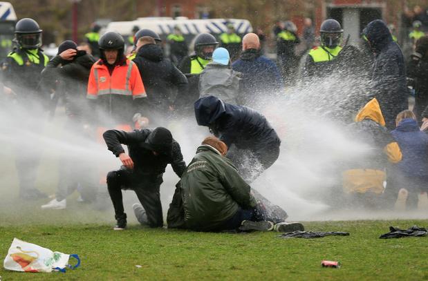 Coronaprotesten en rellen in Nederland