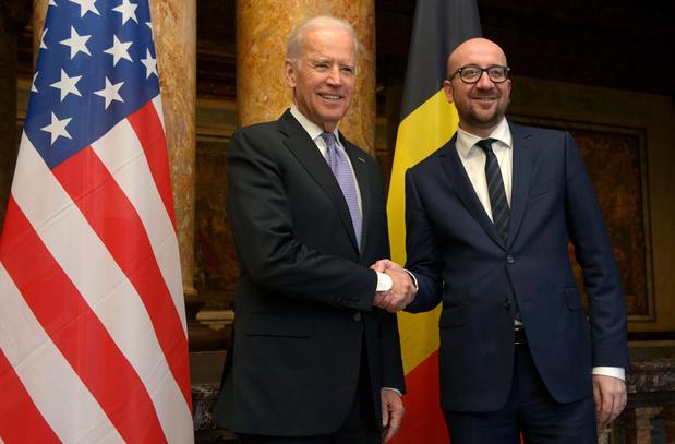 Brussel ongerust over vaccinstrategie Joe Biden