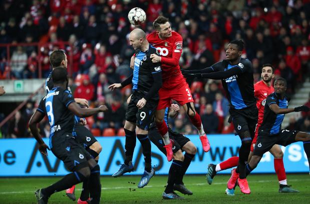 Standard et Bruges se quittent dos à dos après un match nerveux