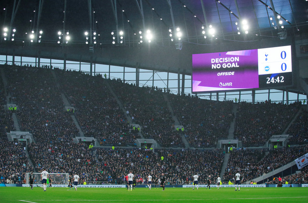 Les fans de Tottenham présents dans le stade via... Zoom