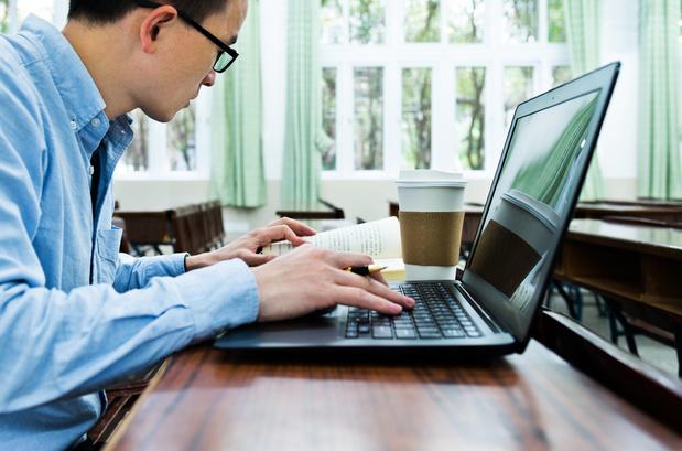 A Bruxelles, les demandeurs d'emplois bruxellois sont invités à suivre une formation en ligne
