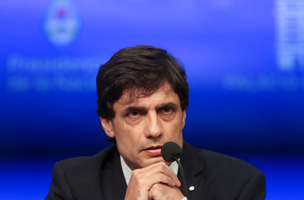 L'Argentine demande au FMI un rééchelonnement de sa dette pour calmer les marchés