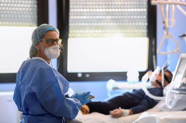"""""""Chez les jeunes aussi, ça peut mal tourner"""": le reportage glaçant au coeur d'un hôpital italien"""