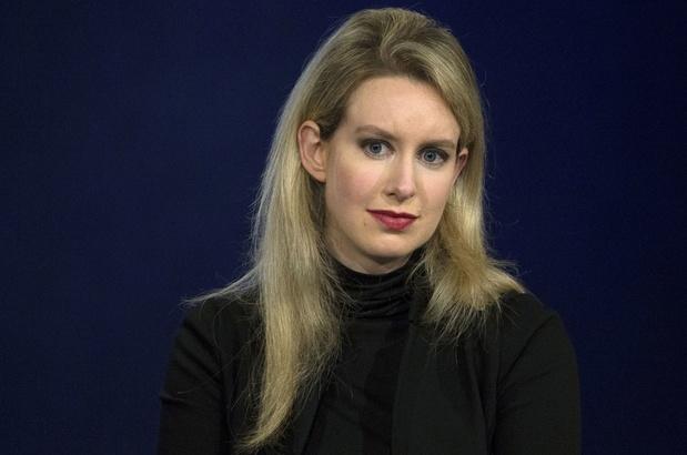 Fraudeproces tegen Amerikaanse onderneemster Elizabeth Holmes gaat van start