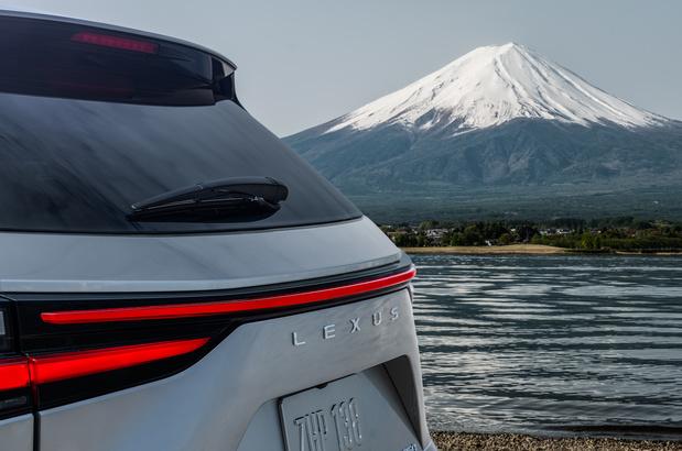 Nieuwe Lexus NX in de maak