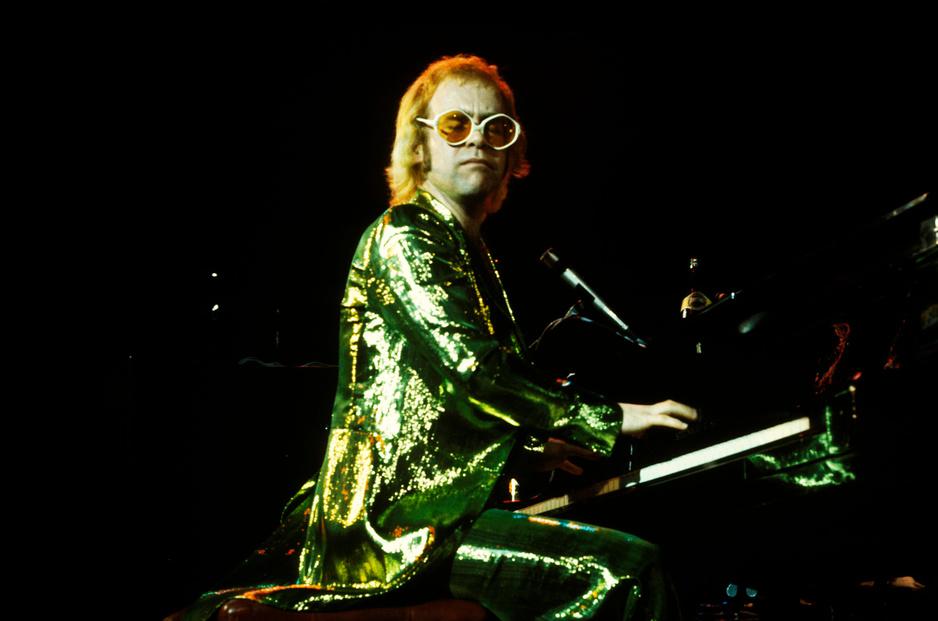 De parels, de covers en de bagger: een onverwachte Elton John-playlist