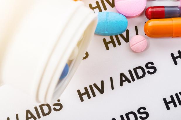 GEMINI 1&2: oui aux thérapies duales pour le patient VIH naïf