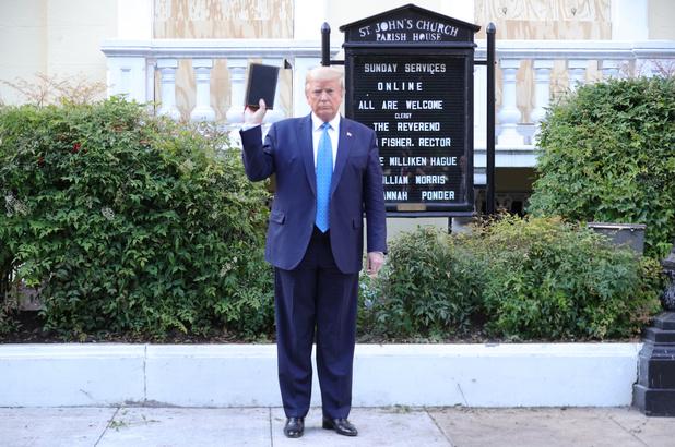 Joe Biden: 'Trump gebruikte leger tegen de bevolking - voor een foto'