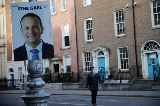 Les Irlandais aux urnes, l'avenir du Premier ministre en jeu