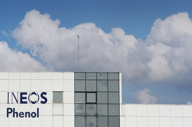 Accord conclu entre la direction et les syndicats d'Ineos Phenol