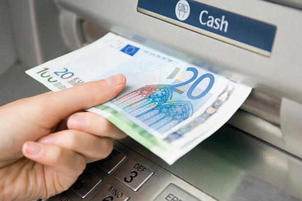 """Révolution dans les services bancaires: la fin du """"gratuit"""""""