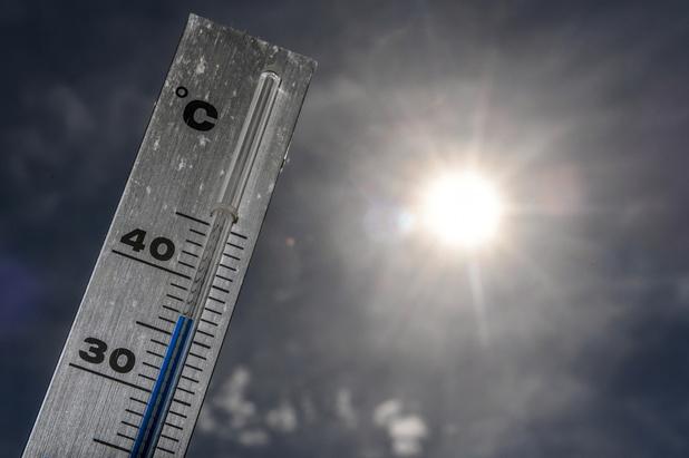 """Réchauffement: décennie record, """"beaucoup"""" de phénomènes extrêmes attendus"""