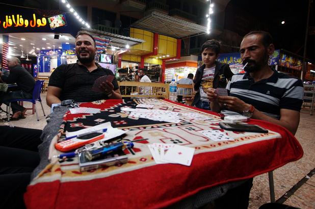 En Irak, le retour des passeur de contes les soirs de ramadan