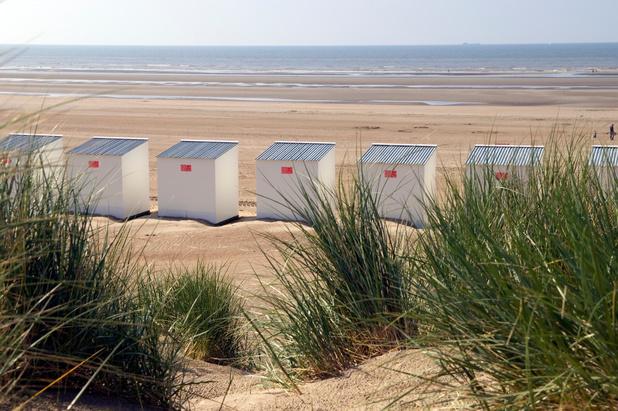 West-Vlaams gouverneur maant aan tot voorzichtigheid aan zee