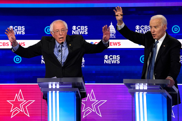 Bernie Sanders zwaar onder vuur in fel Democratisch debat