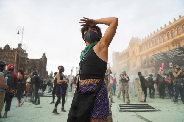 Protest tegen geweld op vrouwen in Mexico: traangas, gewonden, arrestaties