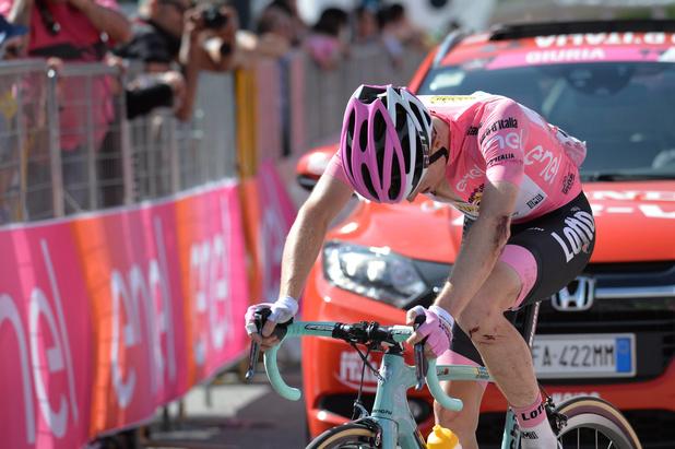 Ce jour-là : Kruijswijk chute et laisse s'échapper le maillot rose