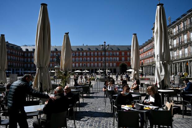 Bouclée pour ses habitants mais ouverte aux étrangers, le paradoxe Madrid au temps du Covid