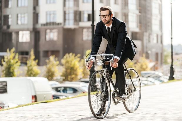 """A vélo en ville: """"Park + Bike"""", la solution proposée aux navetteurs à Bruxelles"""