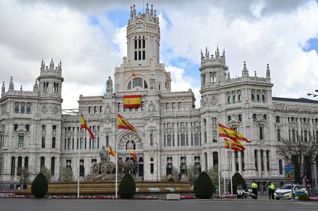 Vers un confinement des zones les plus touchées à Madrid