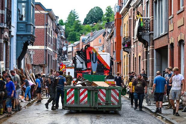 """Inondations en Wallonie: le danger du """"quoi qu'il en coûte"""""""