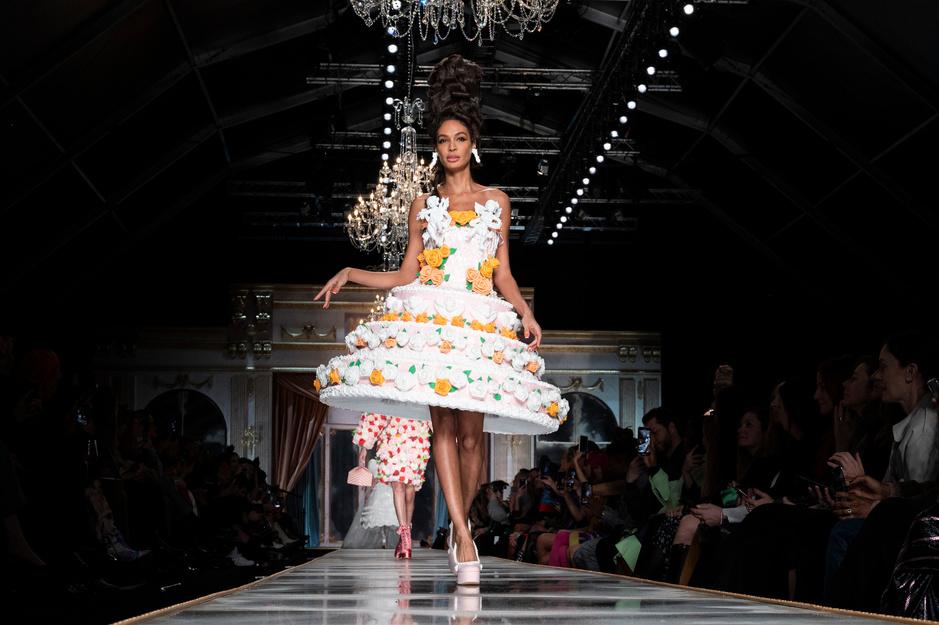 Taartjurken en plooirokken: de eerste indrukken van Milan Fashion Week