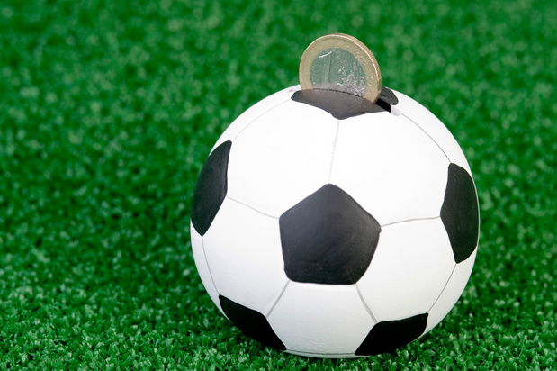 Les banques belges vigilantes à l'égard des clubs de football professionnel