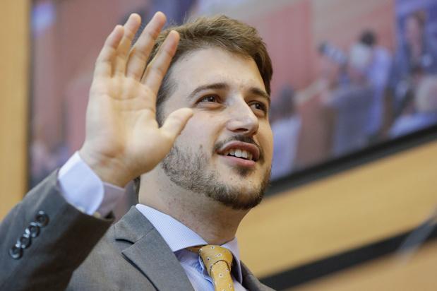Groenen vragen Brusselse regering beleggingen in fossiele brandstoffen te stoppen