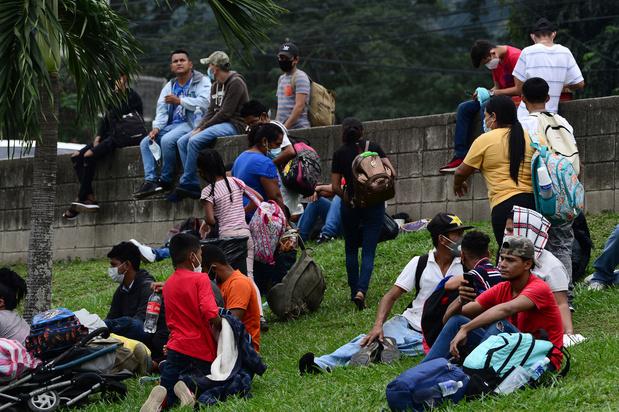 Paar duizend migranten op weg richting Verenigde Staten: 'Biden zal ons helpen'