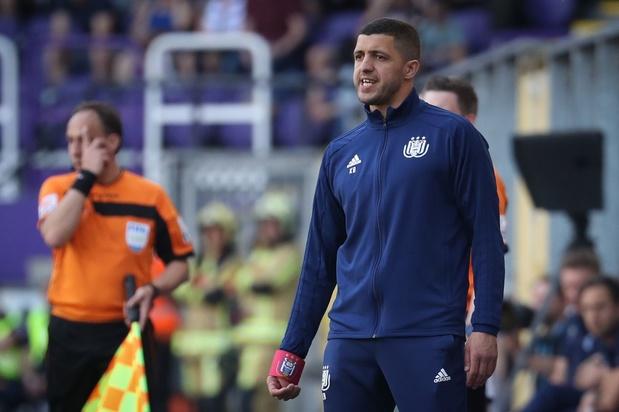 """Belhocine sur l'éventualité que Genk soit champion au Parc Astrid: """"Les fans veulent voir Anderlecht gagner"""""""