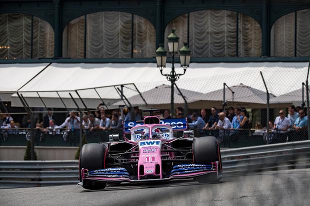 Accident évité de justesse entre Sergio Perez et des commissaires de piste (vidéo)
