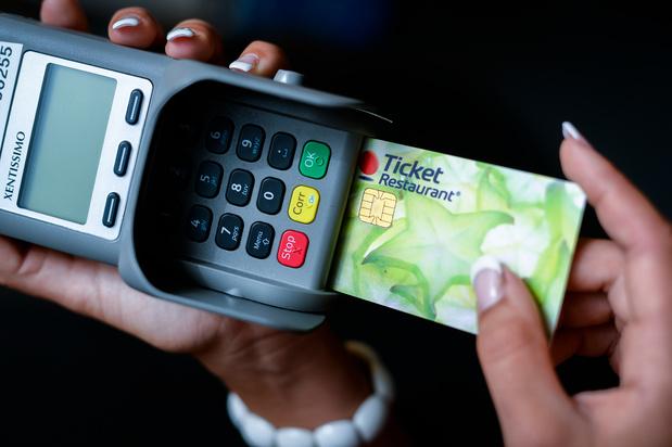Coup de pouce pour les paiements en ligne avec écochèques et chèques-repas