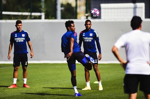 """Face à Lyon, Manchester City doit """"se méfier"""""""